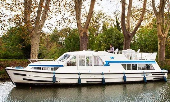 Burgundy River Cruise On A