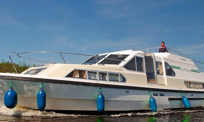 Fun Canal du Midi Cruise on a Wonderful Boat