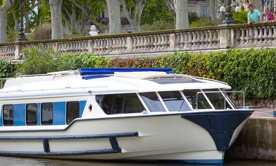 Hire a 49' Canal Boat for 10 Person in Burgundy, France