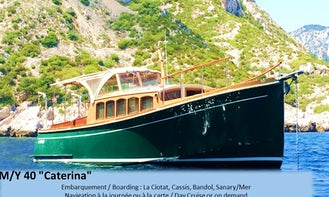 Wooden Andreyale 40 Motor Yacht Rental in Cassis