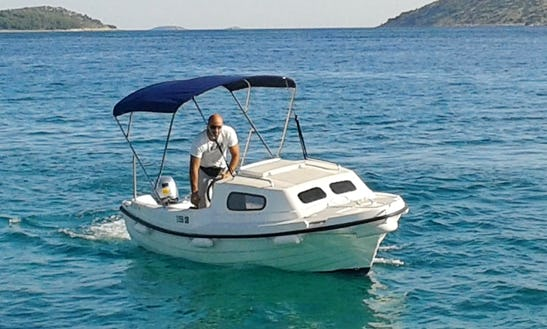 Ven 501 Cuddy Cabin Charter In Tisno, Croatia For 5 People