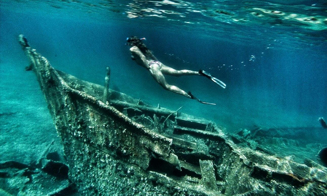 woman snorkeling on boat tour in Zadar, Croatia