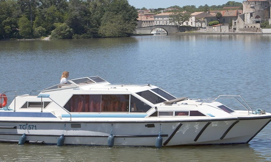 7 Nights Canal Boat Cruise for 6 Person in Canal du Midi, France