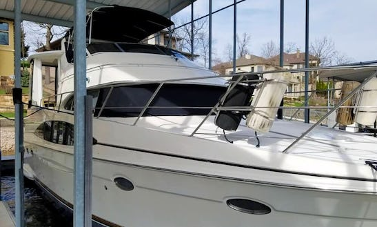 Motor Yacht Rental In Lake Norman