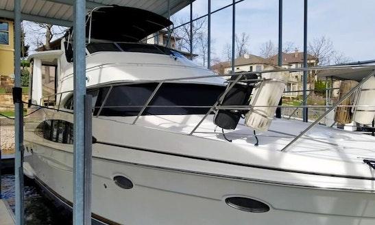 Motor Yacht Rental In Lake Norman