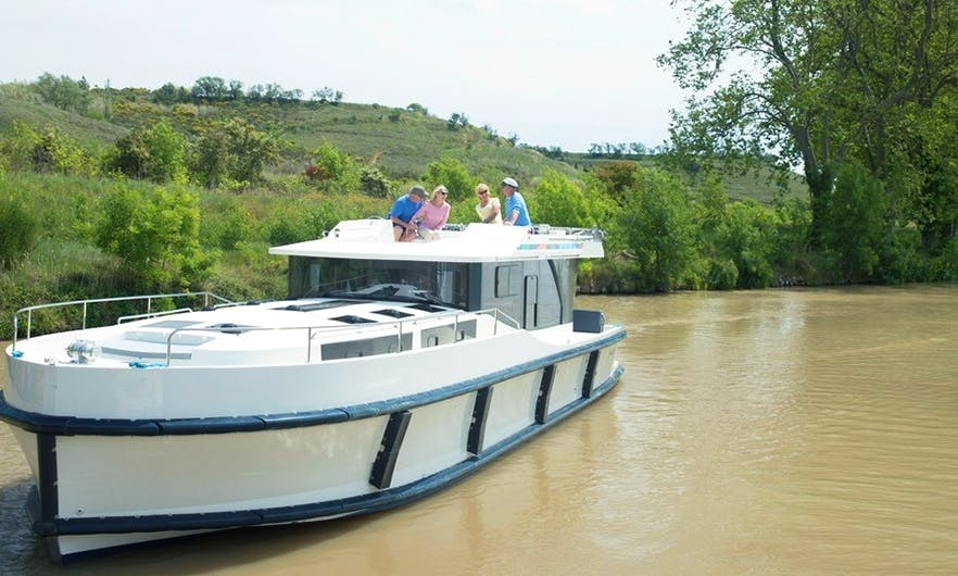 Rent a 43 ft Canal Boat for 8 People in Muritz, Germany