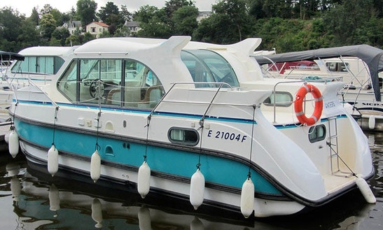 Amazing Boating Experience In Bourgogne, France On A Motor Yacht