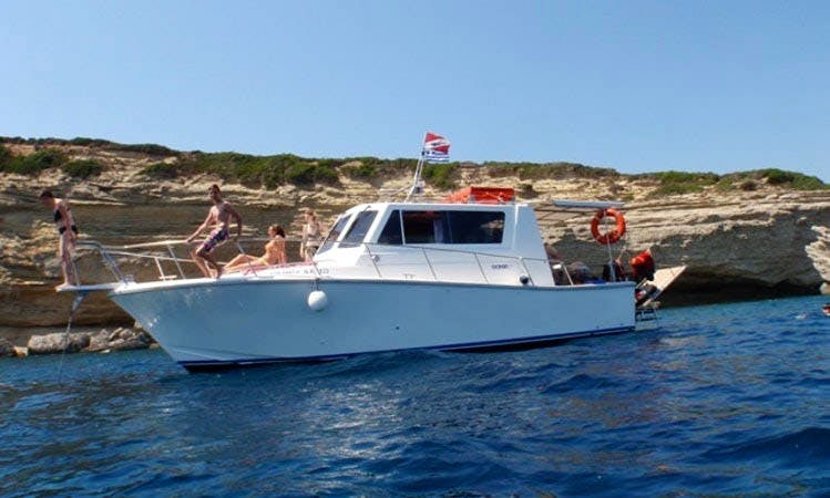 Daily Dive Boat Trip Guided by a Certified Trainer in Corfu, Greece