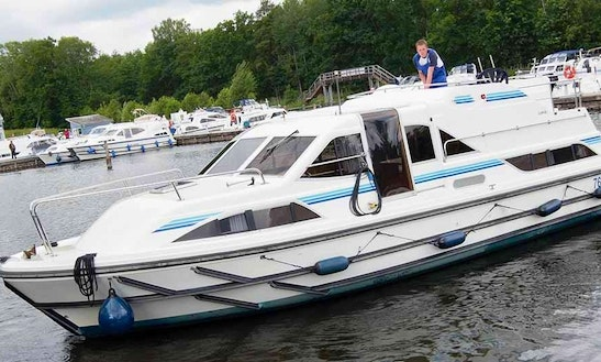 6 Persons Private Canal Boat For Hire In Portumna, Ireland