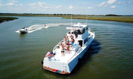 Motor Yacht Rental In Charleston Sc
