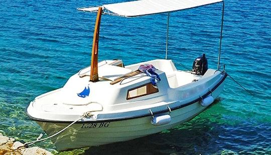 Rent Adria 500 Clasic Cuddy Cabin In Turanj, Croatia