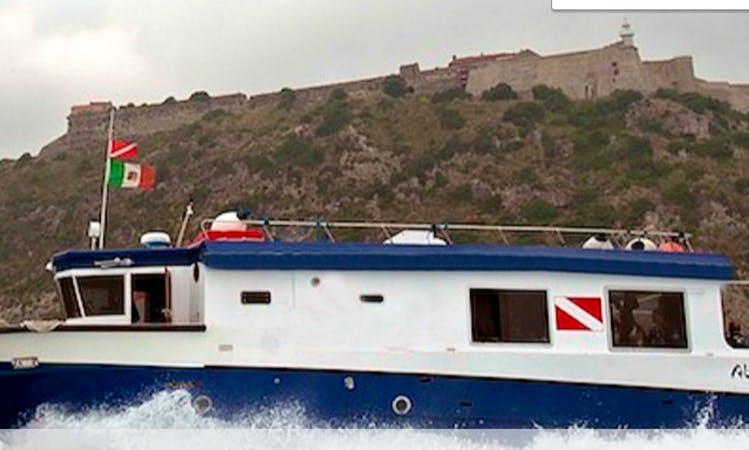 Boat Scuba Lessons in Monte Argentario