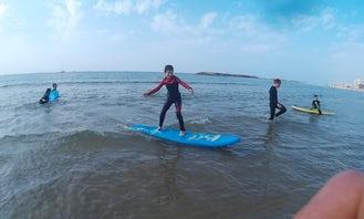 Surfing with Instructor Assaf in Herzliya, Israel