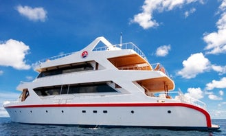 """98ft """"Sunset Queen"""" Motor Yacht Charter in Malé, Maldives"""