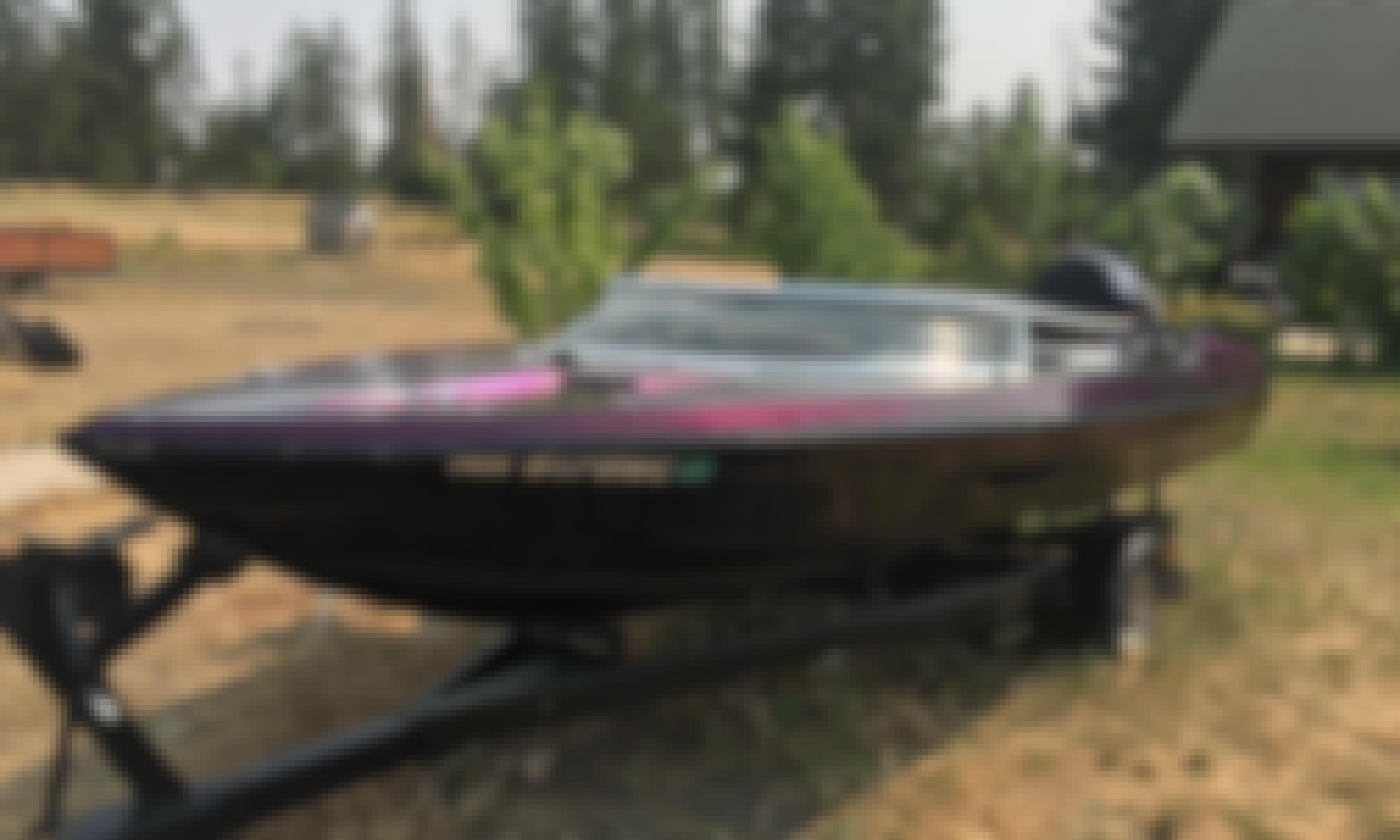 Bowrider Boat Rental in Spokane, Washington