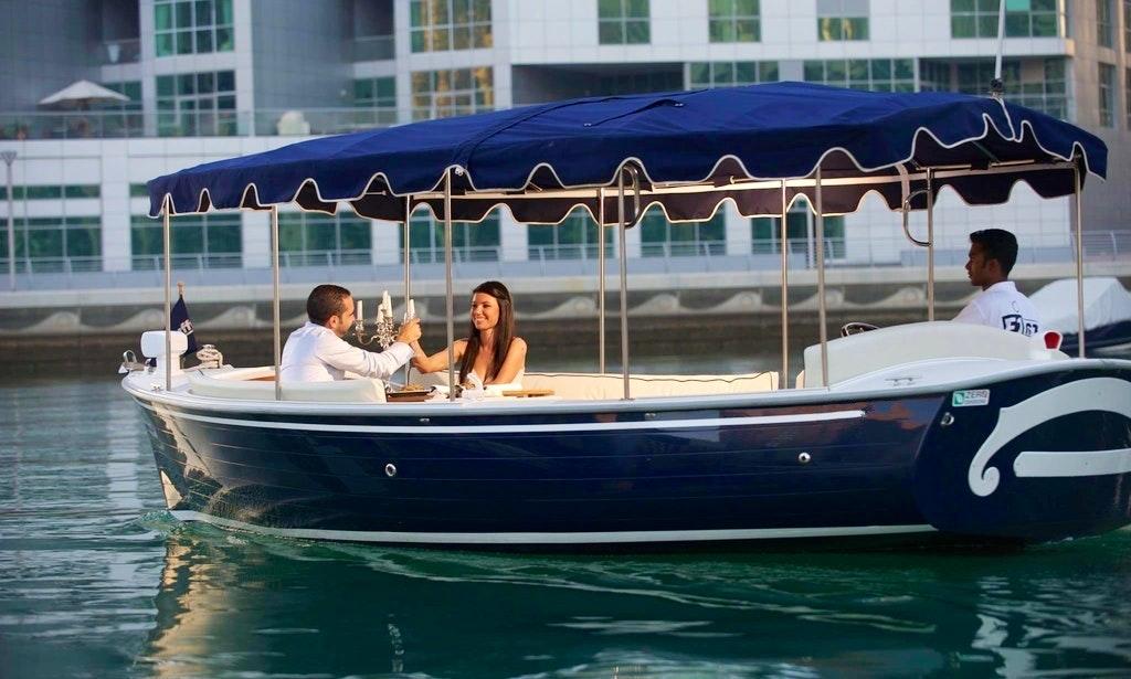 21 Duffy Electric Boat Rental In Dubai Uae Getmyboat