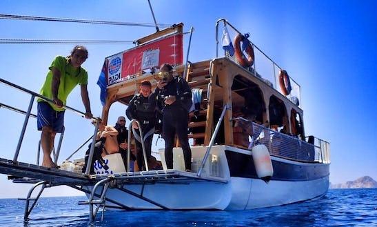 Boat Diving Trips In Otogar