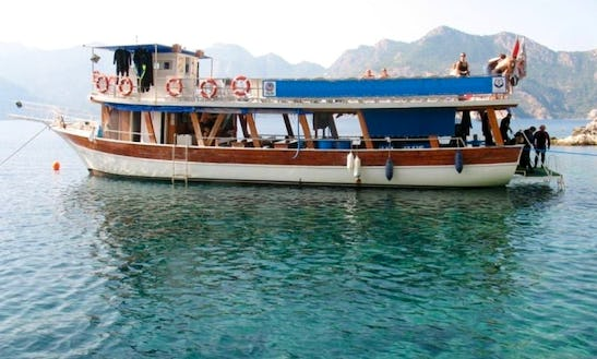 Awesome Diving Boat In Mugla