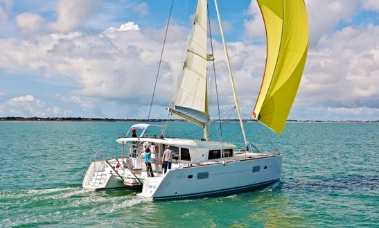 Bareboat Lagoon 400 In The Bahamas!