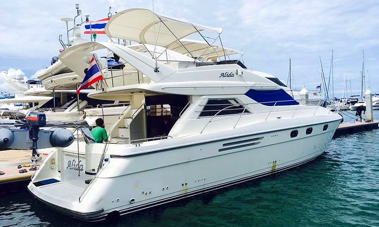 """Superstar Alida"" Motor Yacht For Charter in Chonburi, Thailand"
