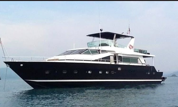 "Enjoy the beauty of the sea in Chon Buri, Thailand on ""Superstar Scubidu"" Power Mega Yacht"