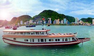Private boat, Jewel in Lan Ha bay, Cat Ba island, Vietnam