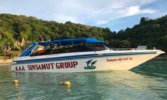 Charter This Bowrider To Enjoy Famous 6 Islands Trip In Rayong, Thailand