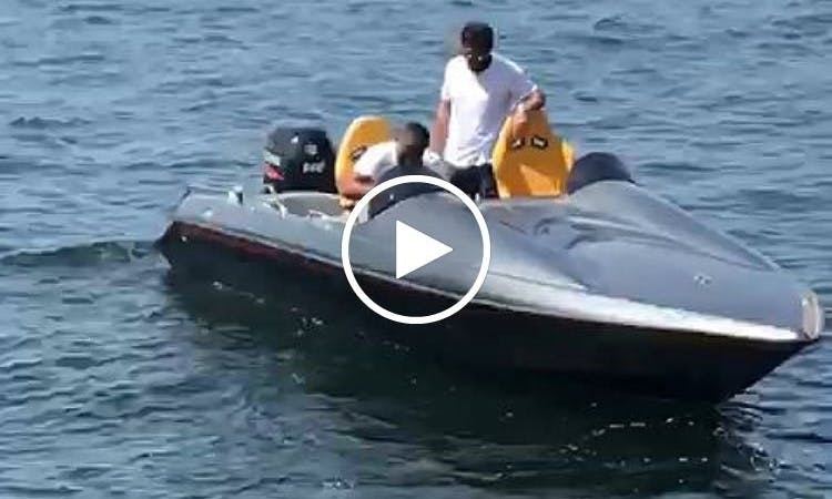 Speed boat rental in İstanbul for $100 an Hour