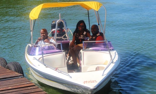 A Beautiful Charter Experience Of A Boawrider In Hartbeespoort, South Africa