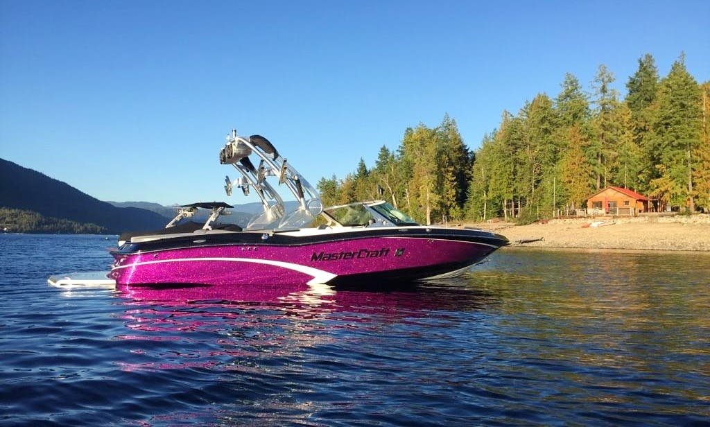 The Coolest Wakeboarding Lesson that you must try in Kelowna!