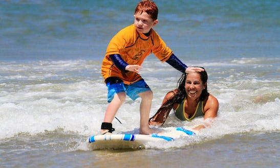 Surf Lessons In Tamarindo, Guanacaste With Experience Instructor