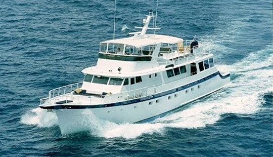 Summer Wind - Luxury Motor Yacht Charter In Fort Lauderdale - If You Have Over12 Guest You Must Have Food And Bar.