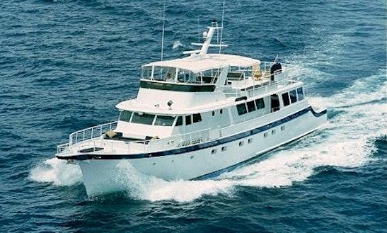 Summer Wind - Luxury Motor Yacht Charter In Fort Lauderdale