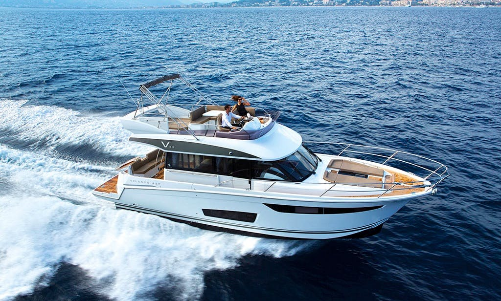 Motor Yacht Velasco 43 ft