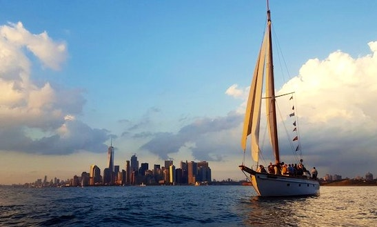 The Ventura - Beautiful Classic Yacht Rental In New York (with Captain Only)