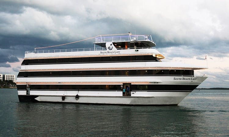 South Beach Lady - Luxury Party Yacht in Miami