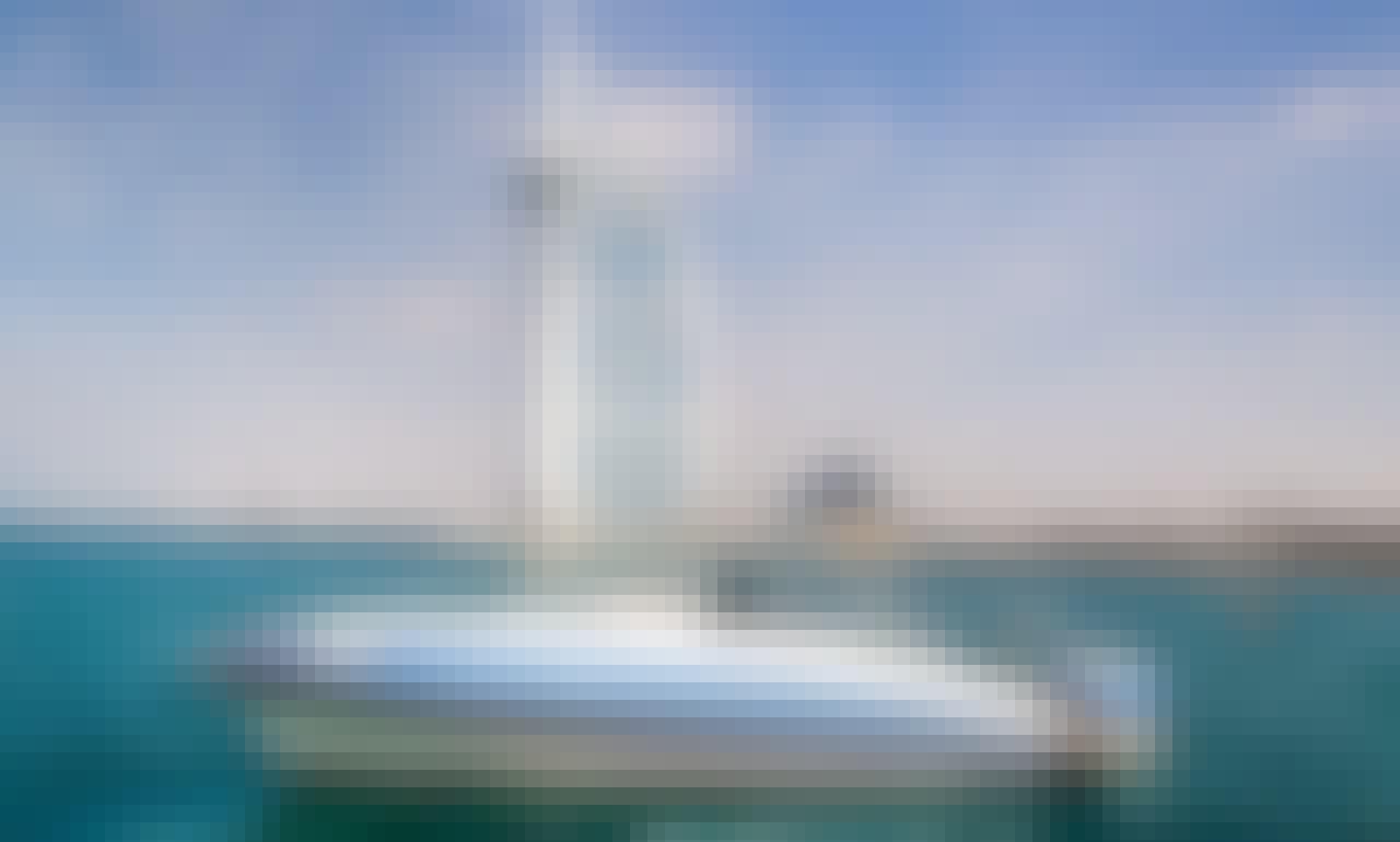 Sport Boat 31ft in Dubai Marina Mall