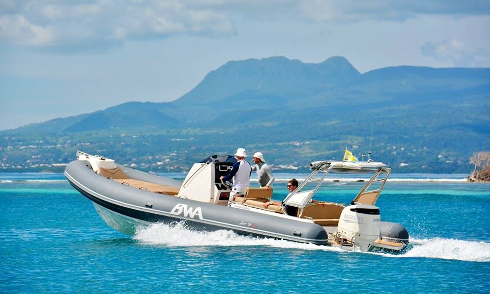 Rent a High-End RiB in Le Gosier, Guadeloupe!