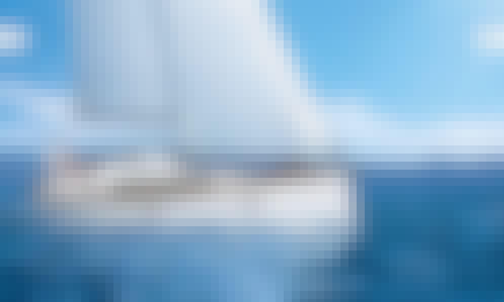 Bavaria Cruiser 37 Cruising Monohull Charter for 6 People in Ljubljana, Slovenia