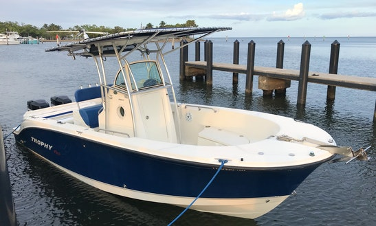 25 Ft Boat 10 Guest For Rent In Miami