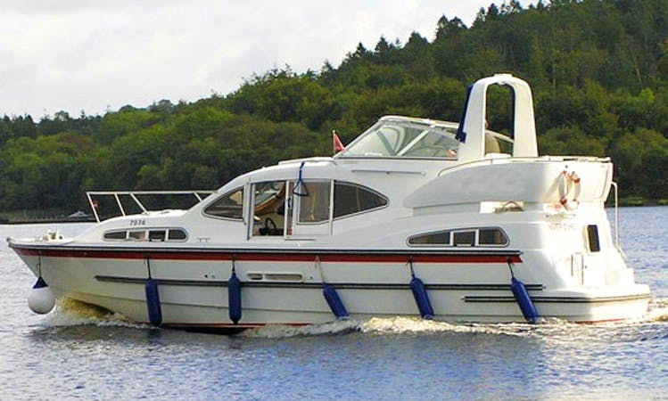 Charter 35' Inver Duke Motor Yacht in Northern Ireland, United Kingdom