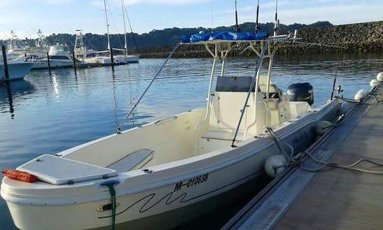 Local Fishing Boat: Marlin Mania - Half Day $450