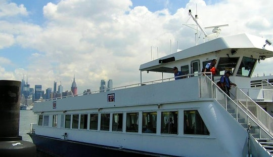 Ferry Rides To Manhattan And Exclusive Trips Available