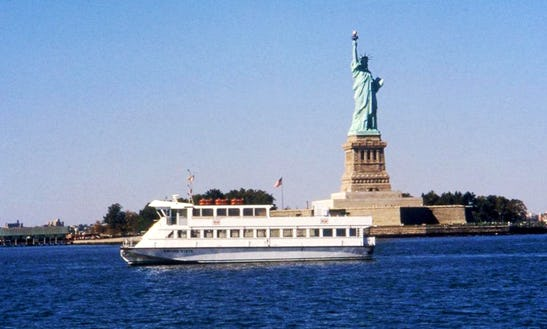 Ferry Rides And Private Charter In Manhattan, New York