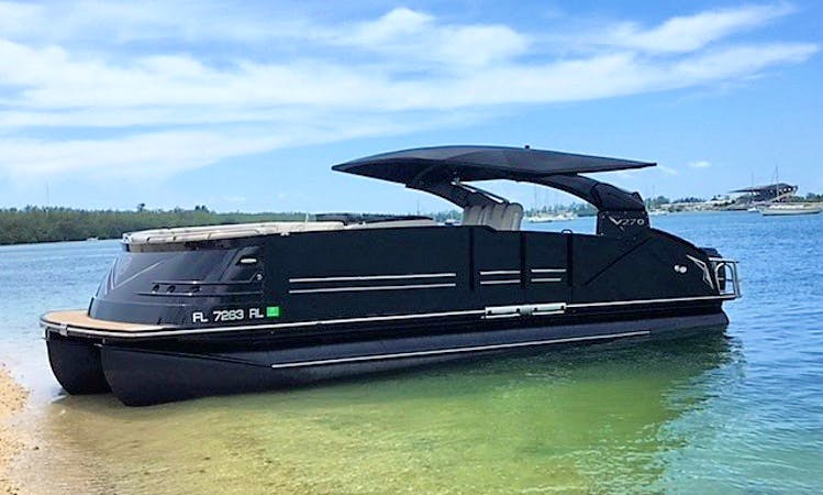 VIP Immaculate Luxury Tri-Toon with Full Private Bathroom