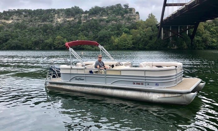 Captained Charter a 25' Sunchaser Pontoon in Austin