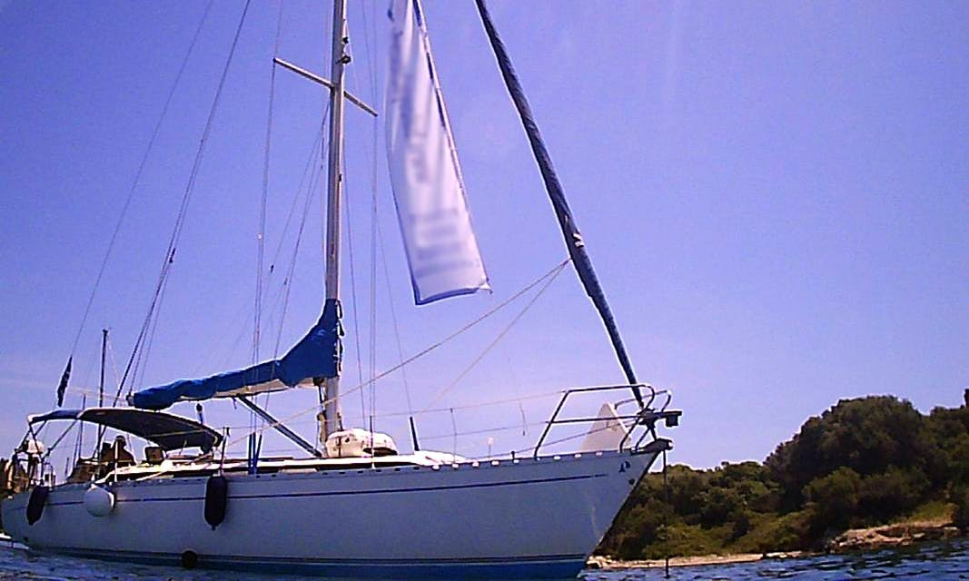 Private Daily Cruises and Yacht Charter for up to10 People from Marina Gouvia / Corfu, Greece