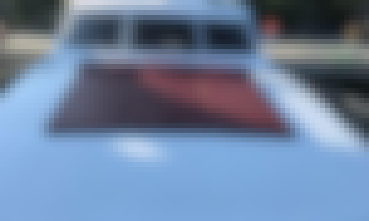 Luxury Motor Yacht Rental for 15 People in Istanbul, Turkey