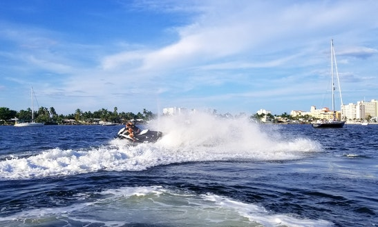 Brandnew Yamaha Ex Sport Jet Ski For Rent In Hallandale Beach
