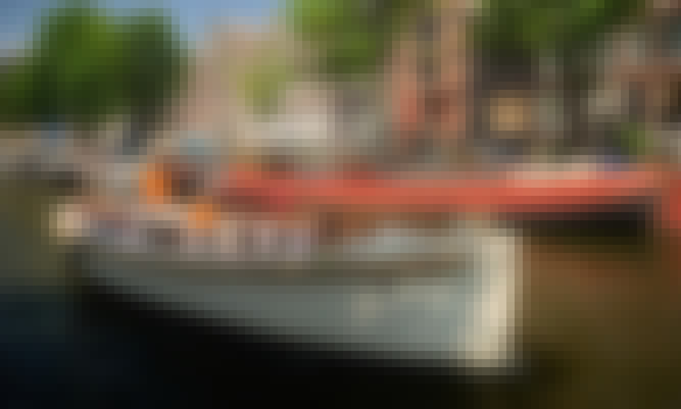 Luxury Electric Open Boat APSARA in Amsterdam, Netherlands